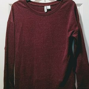 H&M BURGUNDY LONG SLEEVE TSHIRT